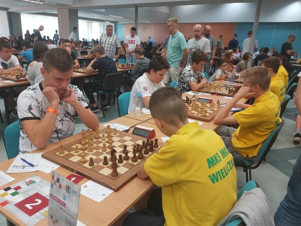 2. runda przeciw MKS MOS Wieliczka i 4.5:1.5 dla Miedzi